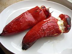 Gefüllte Paprika mit Schafskäse